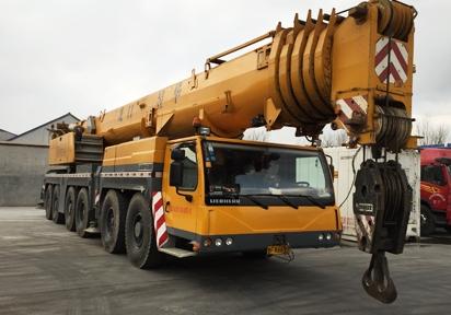 福山区260吨吊车出租